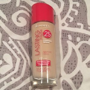 Rimmel Lasting Finish Foundation 100 Ivory